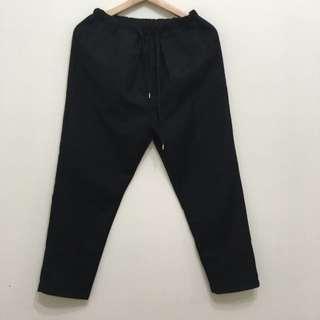 黑色九分褲♡