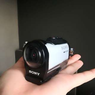 SONY HDR-AZ1 + 32GB (SONY ACTION CAM)
