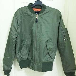 🚚 軍綠飛行外套