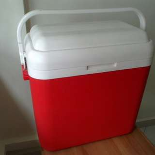Super big cooler box