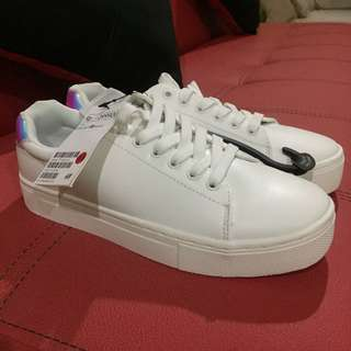 H&M WHITE PLATFORM SNEAKERS WITH HOLOGRAM