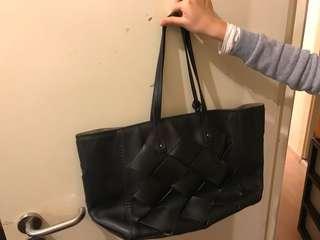Miu Miu黑色袋