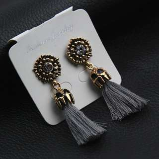 New Anting Grey abu abu Diamond Silver Tassel
