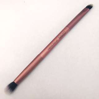 Urban decay makeup brush (new)