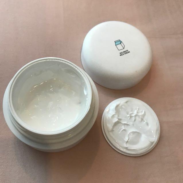 🎉3CE Milk Cream (instant whitening)