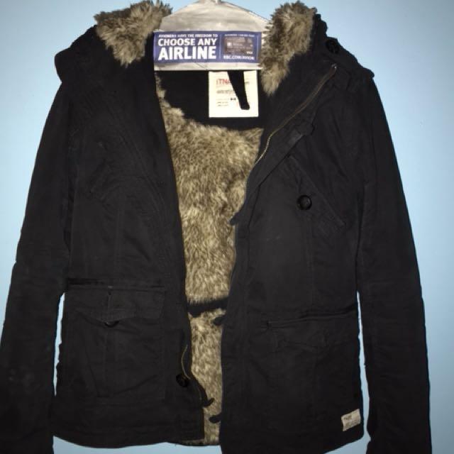 Aritzia TNA Winter Coat