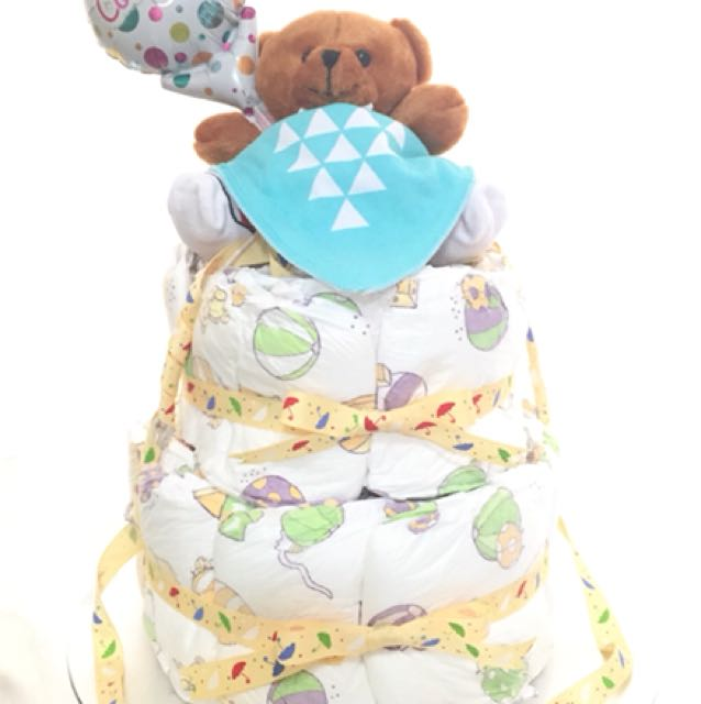 Baby Diaper Cake as baby shower gift