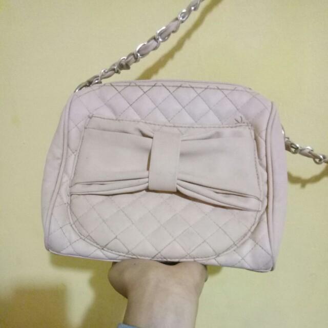 BERSHKA slingbag pink