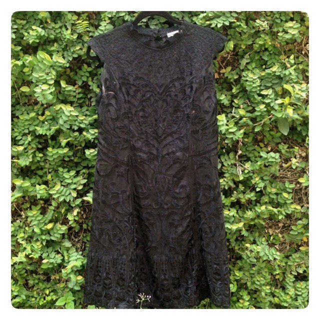 Karen Millen black simple dress. Great details.