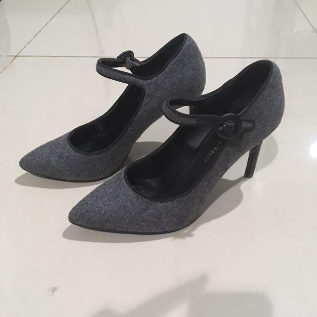 Charles & keith grey velvet heels