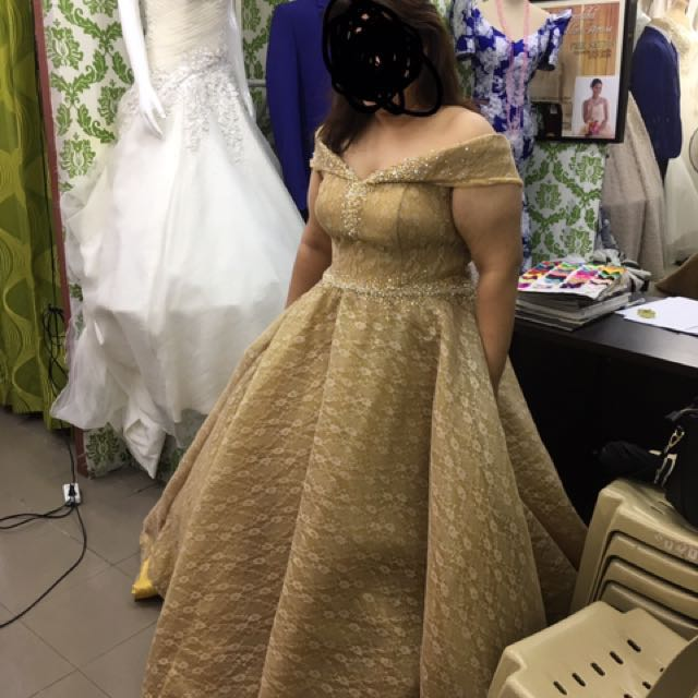 Gold and white (gown) FOR RENT‼ ‼ ‼ , Preloved Women\'s Fashion ...