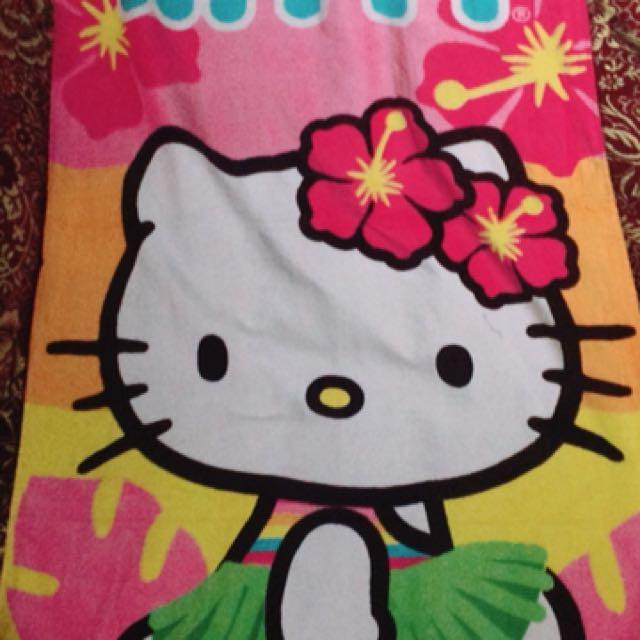 bb7ce8f5d Hello Kitty Bath Towel on Carousell