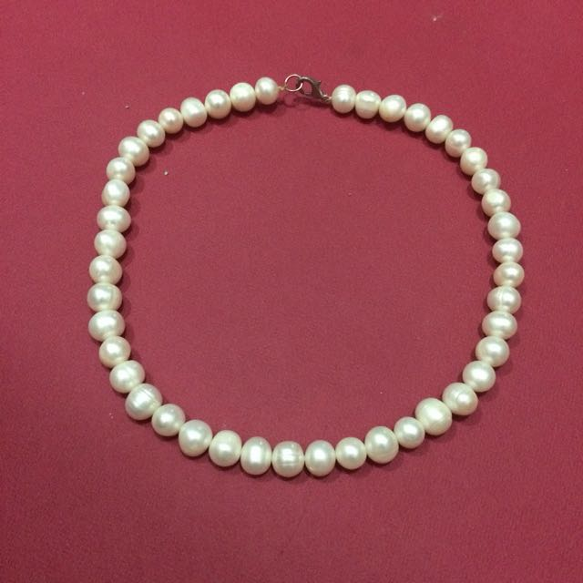 Lombok White Diamond Necklace