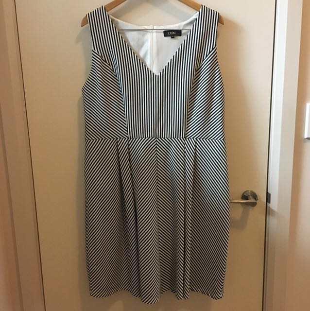Luxe striped dress size 20