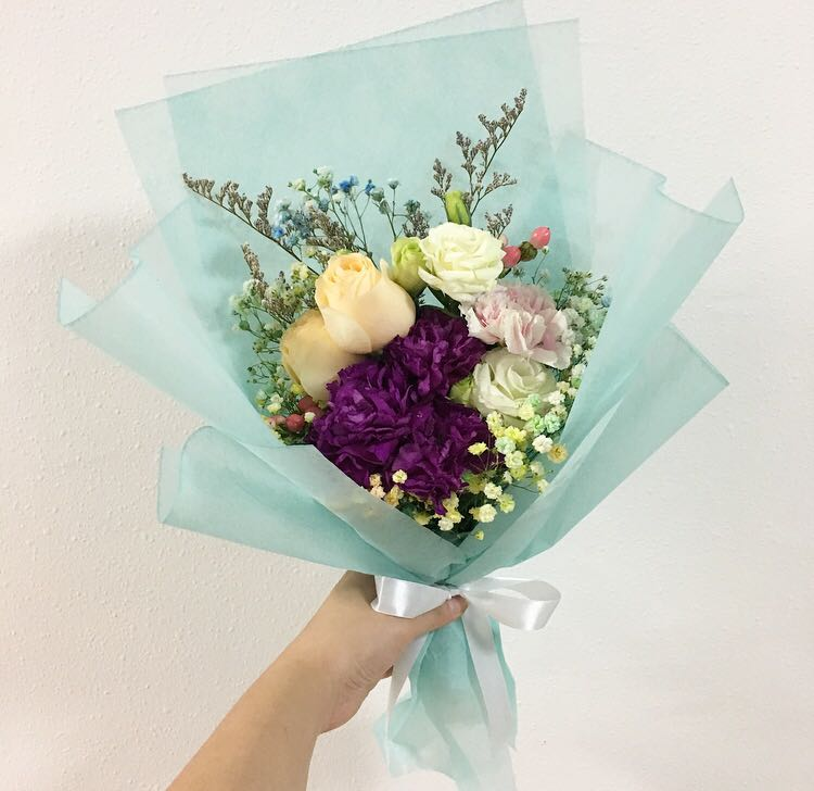 Mix Flower Bouquet in Peach Roses with Carnations / Birthday Bouquet ...