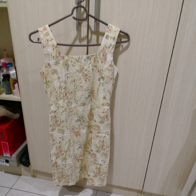 Mossimo yellow floral dress