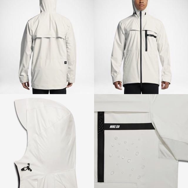 Nike sb 防水反光外套
