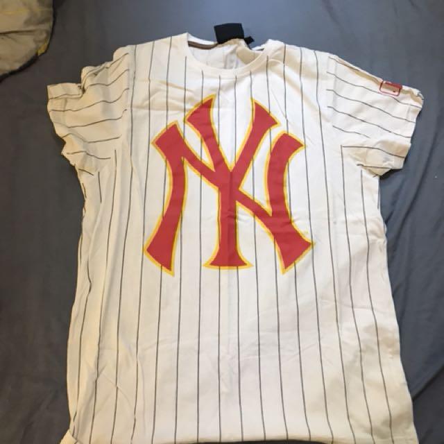 NY t shirt