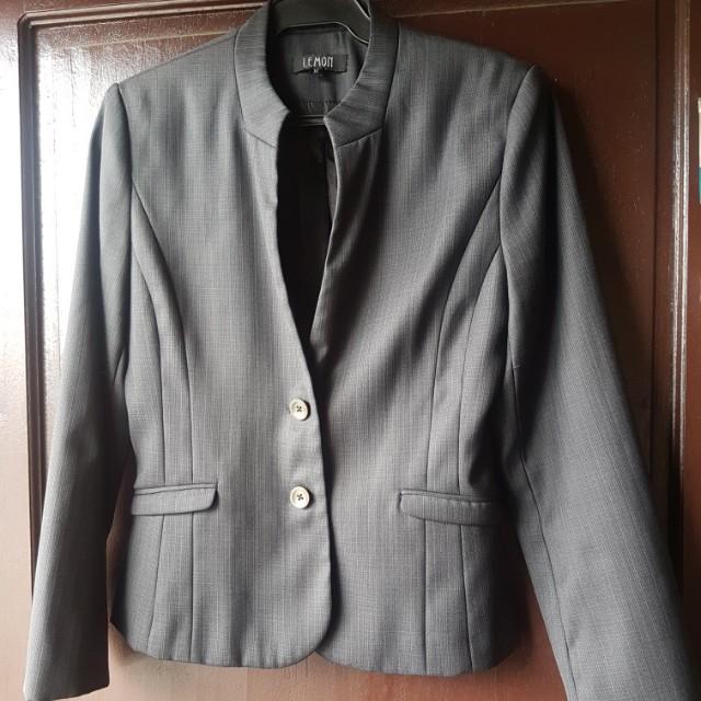 Preloved suit / blazer snd skirt