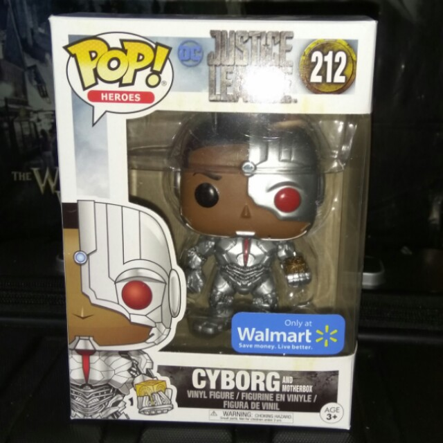 (ON HAND) Cyborg with MotherBox Justice League Funko Pop