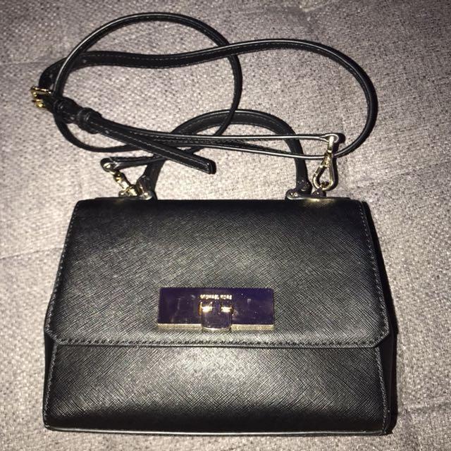 *Price Reduce* Authentic Michael Kors extra small callie black handbag bag