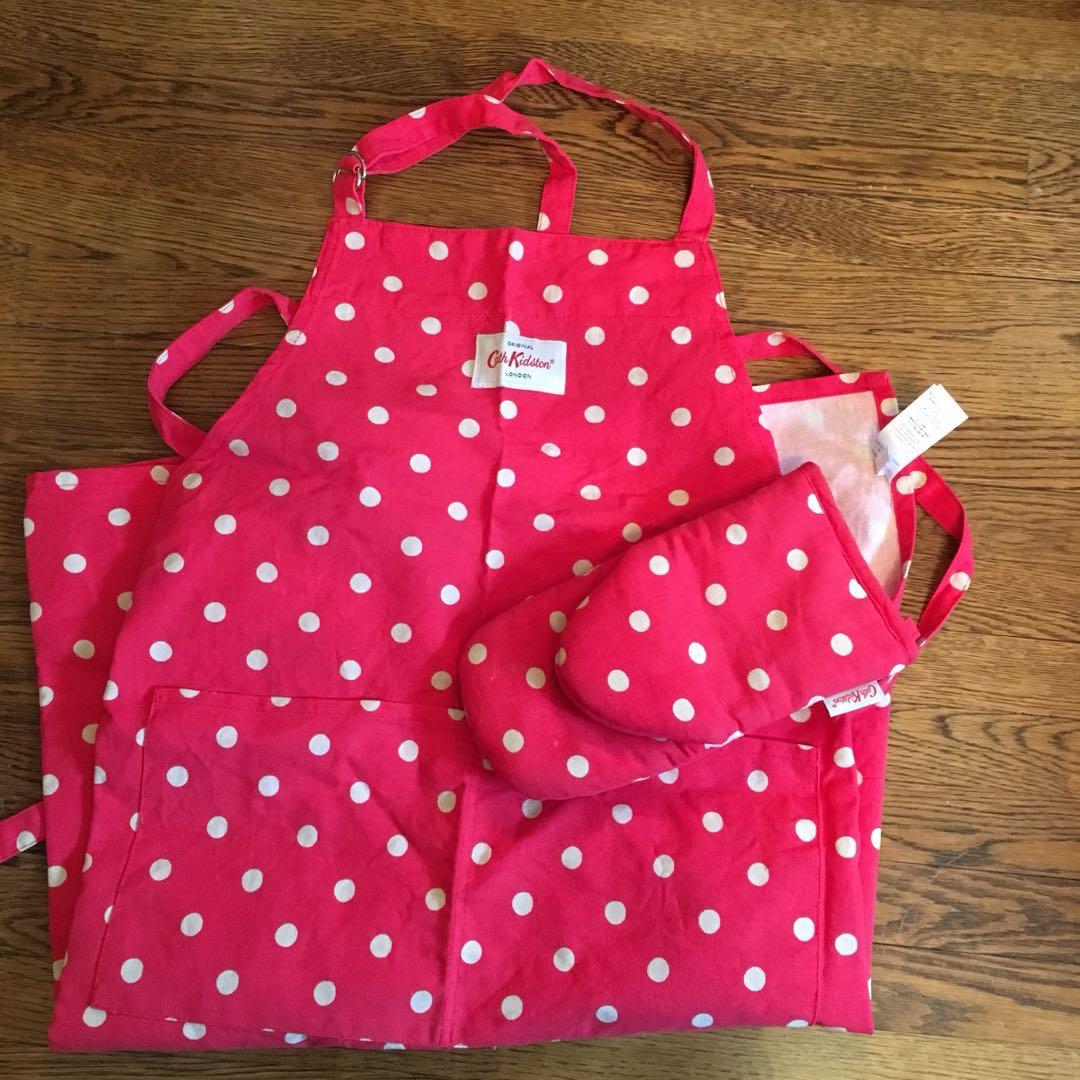 Reduced* Cath kidston kitchen apron & oven gloves
