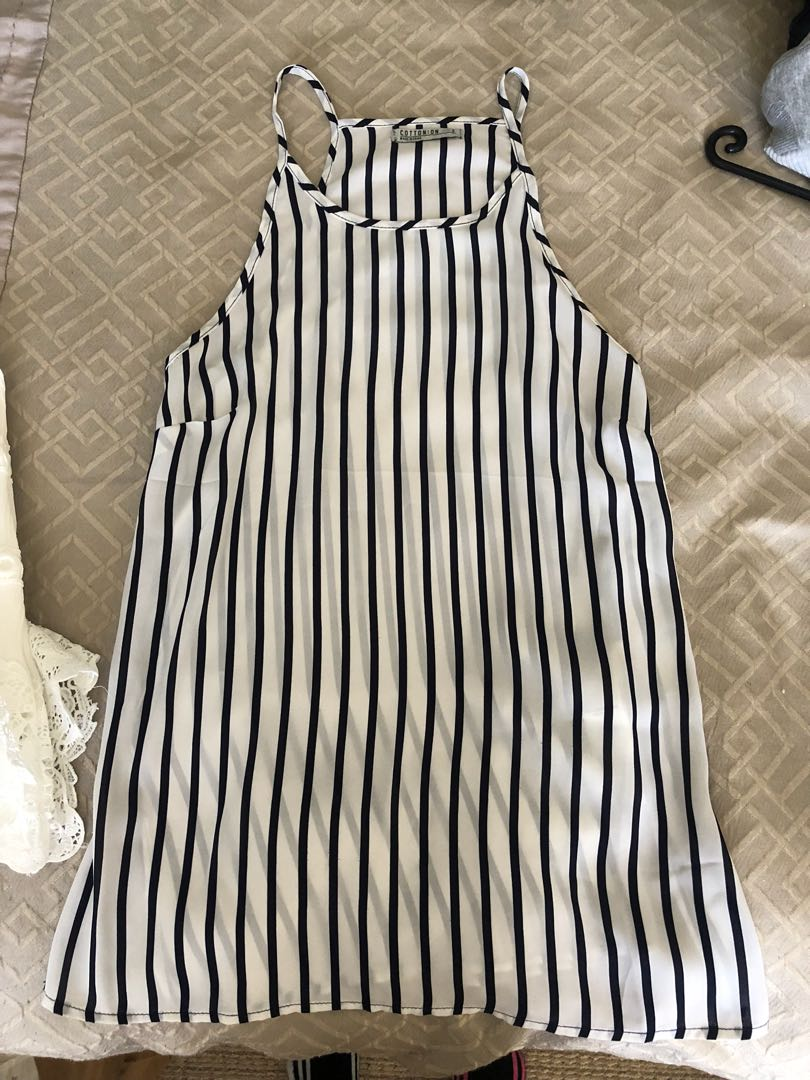 Size S cotton on top