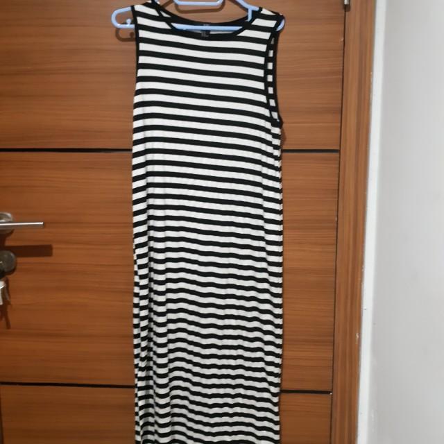 Forever 21 XXI slit stripe Dress (sleeveless)