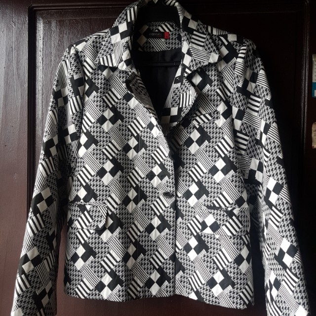 SM WOMAN AIMEE SONG COLLECTION SUIT (BLAZER AND SKIRT) PRELOVED / TOP (MEDIUM) BOTTOM (LARGE)