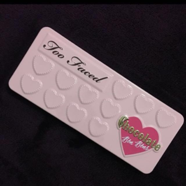 Too Faced Bon Bons Chocolate Pallet
