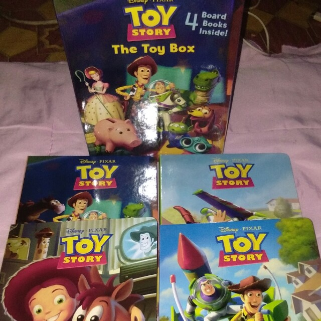 Toy Story : The Toy Box (4 Board Book Set)