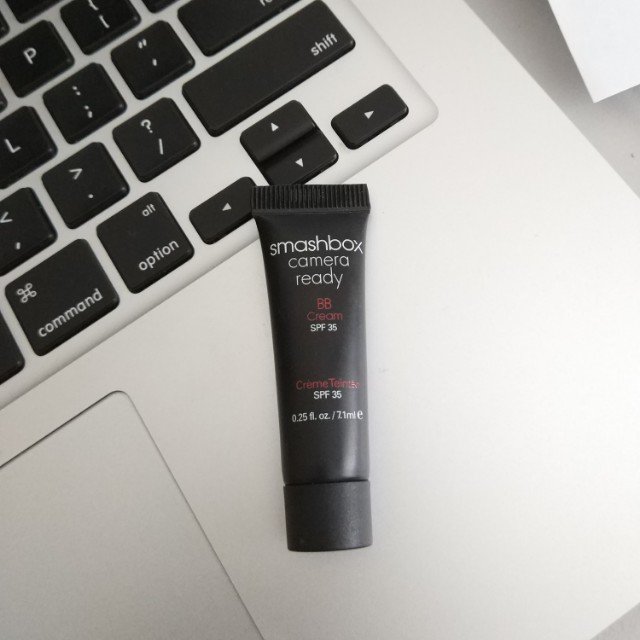 TRAVEL SIZE SMASHBOX CAMERA READY BB CREAM IN LIGHT MEDIUM