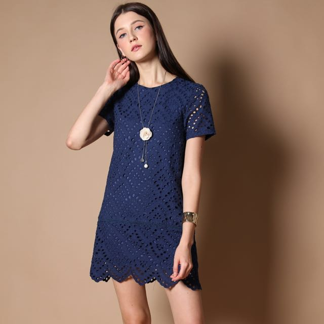 60bc6b7f53 TSW Sydney Eyelet Dress, Women's Fashion, Clothes, Dresses & Skirts ...