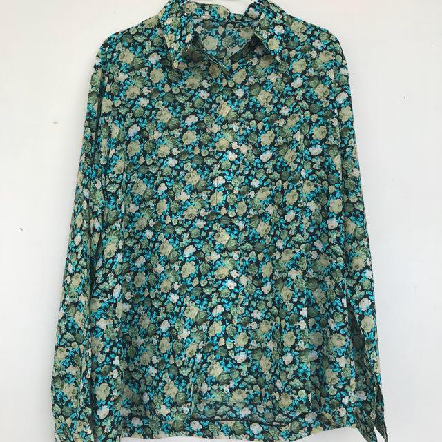 Vintage flowery shirt