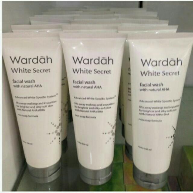 Wardah White Secret Facial Wash