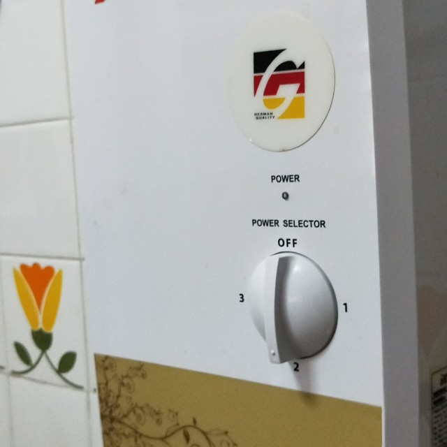 7e495184d4d2 Water heater - 7 months old with brand new accessories