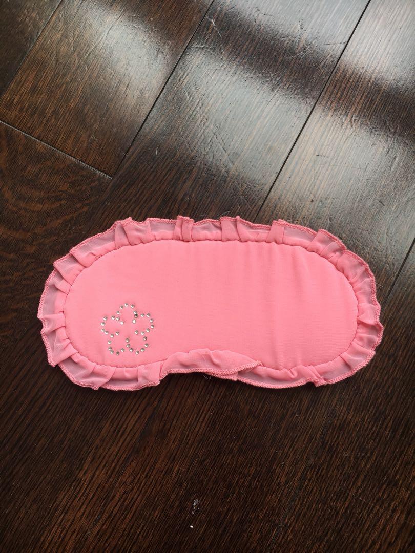 Women's pink sleep mask