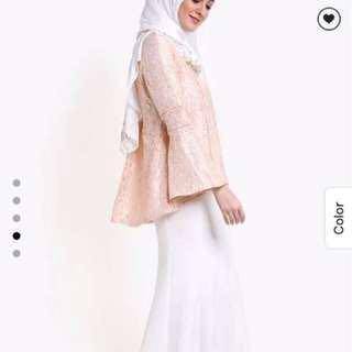 Zalia Lace Tunic Top in Peach