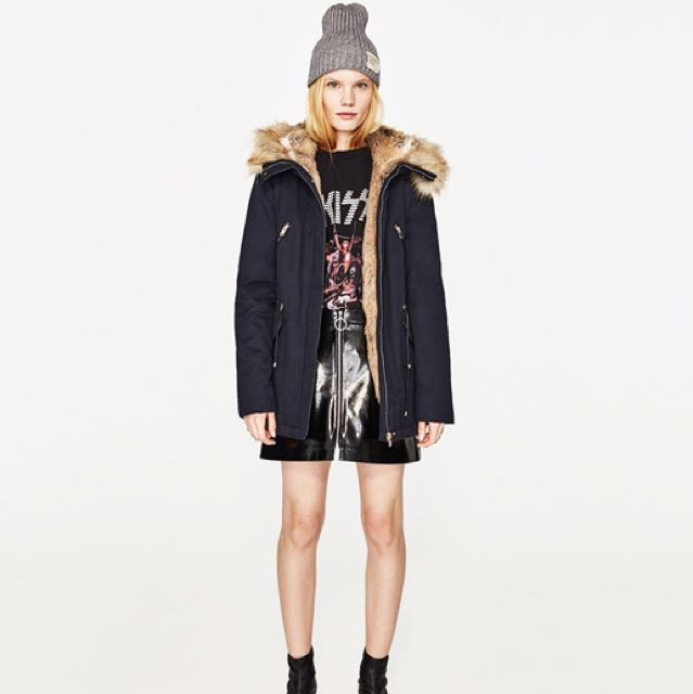 2a98c1bc Zara faux fur hood Winter Coat parka in black , Women's Fashion ...