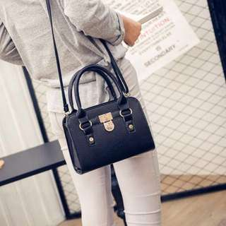 Handbag / Sling bag ; for women's ladies girls woman ; mono coloured monochrome; Sleek Fashion Office Smart Casual Shoulder or Hand Carry Bag