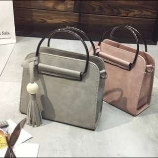 Handbag / Sling bag ; Trendy Smooth leather Crossbody Messenger Shoulder or Hand Carry Bag ; women's ladies girls woman ; grey pink gray monochrome
