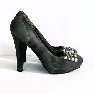 Grey Suede BCBG Generation Heels, Square Toe, Size 7.5 37.5 Designer Heels