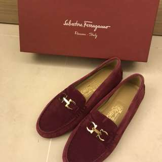 Salvatore Ferragamo 10MM Saba Suede Driving Shoes - Wine Red- Size 6.5