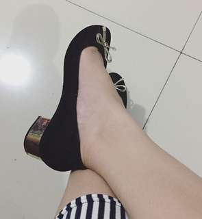 Black sweet shoes