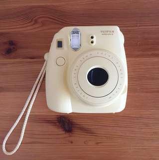 Fujifilms instax mini 8 camera