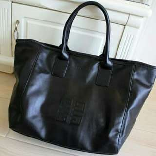 Rm28💕Givenchy PU  Hand Bag.March Sale!!Limited time only!! #HOT80