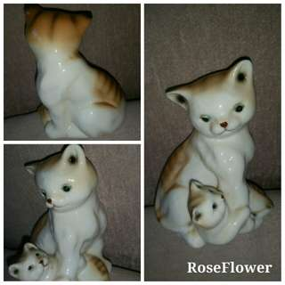 (Kept more than 20 years) Mother And Daughter Porcelain Cat