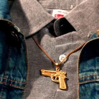 Supreme Glock Gun Pendant 16SS