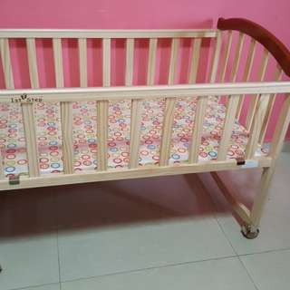 Wooden Rocking Baby Crib/Cradle
