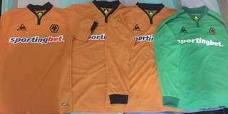 Retro Baju Bola Le Coq Wolverhampton Wanderers 2009 - 2010 Original Classic Jersey